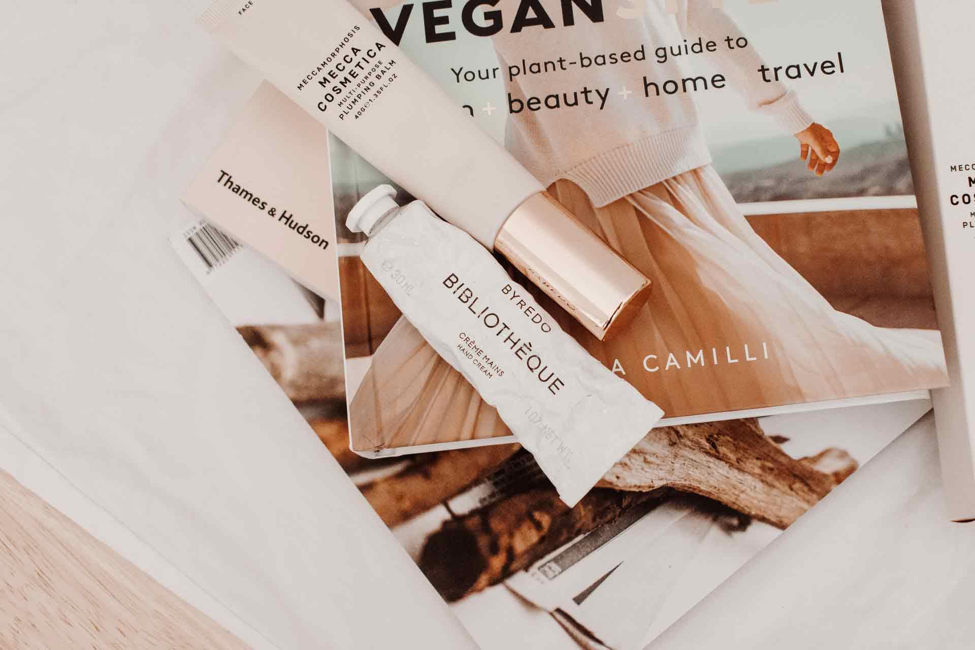 cosmetic-creams-on-a-magazine-2834934