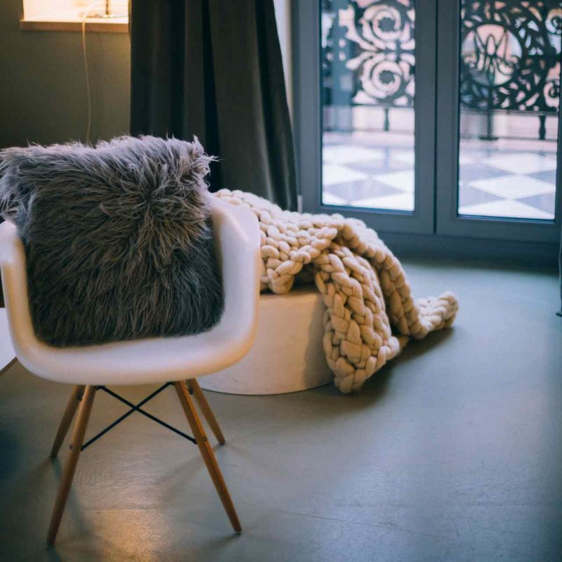 Home decor and furniture stores near me